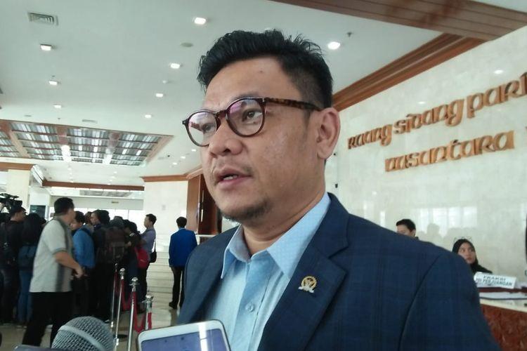 Ace Hasan Ajak Kepala KUA, Penghulu Dan Tokoh Masyarakat Perangi Hoaks UU Cipta Kerja