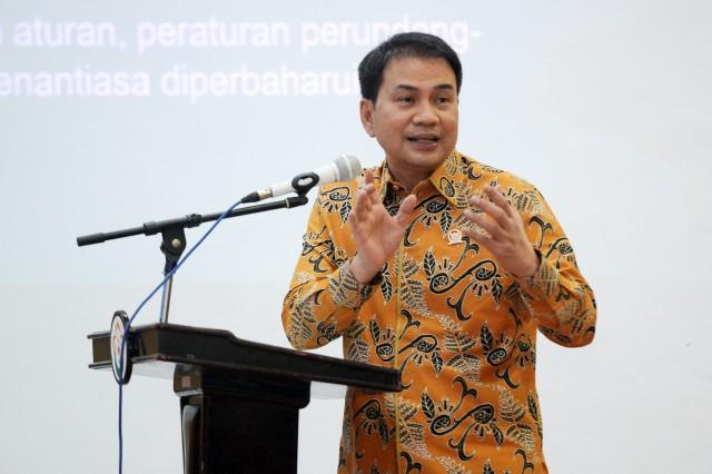 Azis Syamsuddin Minta Cakada Pelanggar Protokol Kesehatan COVID-19 Kena Sanksi Berat dan Tegas