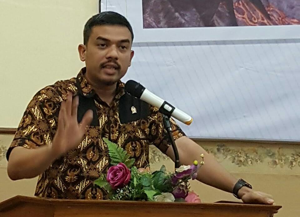 Ogah Pakai Alkes Produksi Kemenristek, Maman Abdurrahman Ibaratkan Kemenkes Sakau