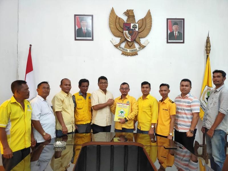 AMPG Labuhanbatu Serahkan Nama Calon Kepala Daerah Yang Bakal Diusung ke DPP Golkar