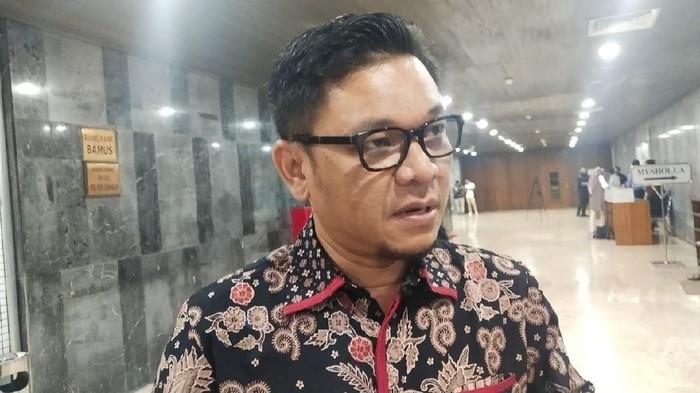 Relawan Jokowi Tuntut Reshuffle, Ace Hasan Lebih Pilih Kekompakan Dan Kerja Keras Luar Biasa