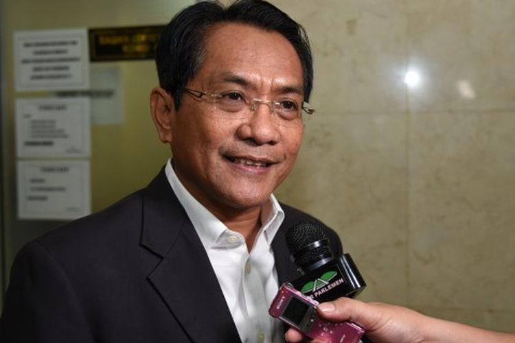 John Kenedy Azis Berhasil Tambah Ribuan Kuota Bansos Untuk Kota Pariaman dan Padang Pariaman
