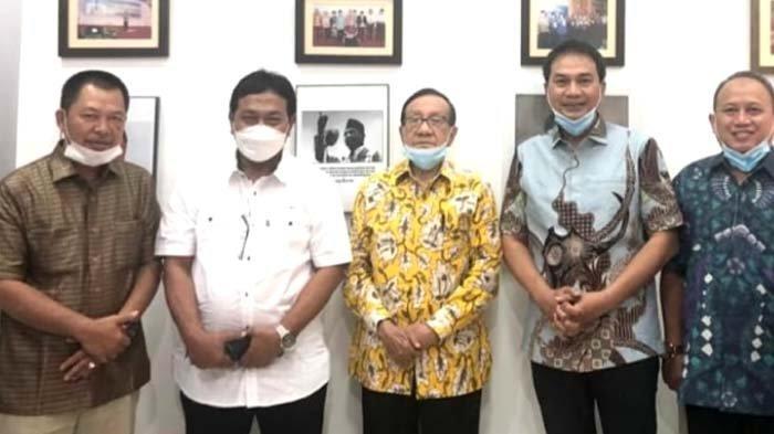 Yakin Bakal Bawa Angin Perubahan, Akbar Tandjung Dukung Azis Syamsuddin Jadi Ketum Kosgoro 1957