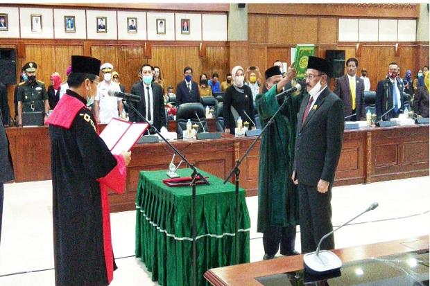 Gantikan Richard Rahakbauw, Effendi Latuconsina Dilantik Jadi Wakil Ketua DPRD Maluku