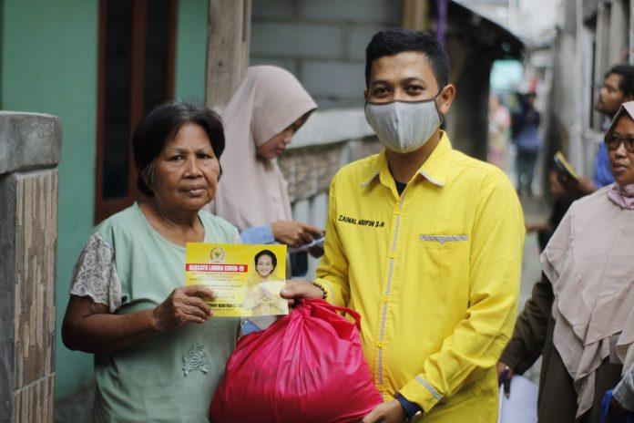 Wenny Haryanto Salurkan Ribuan Paket Sembako Untuk Masyarakat Kota Depok dan Bekasi