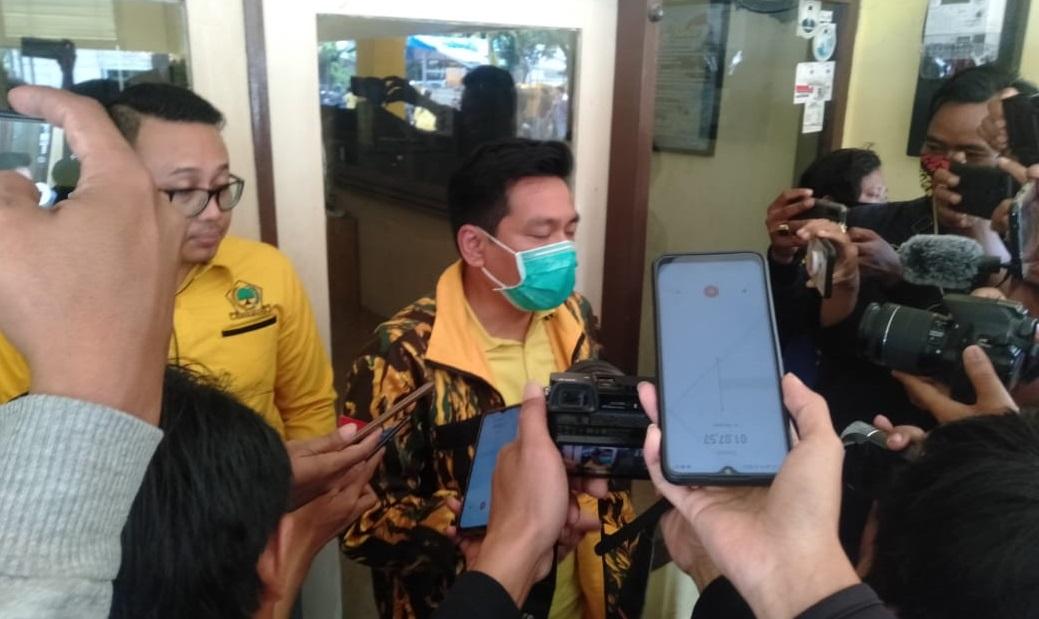 Oknum Segel Kantor Golkar Indramayu, Rapat Pleno Terpaksa Mengungsi ke Hotel