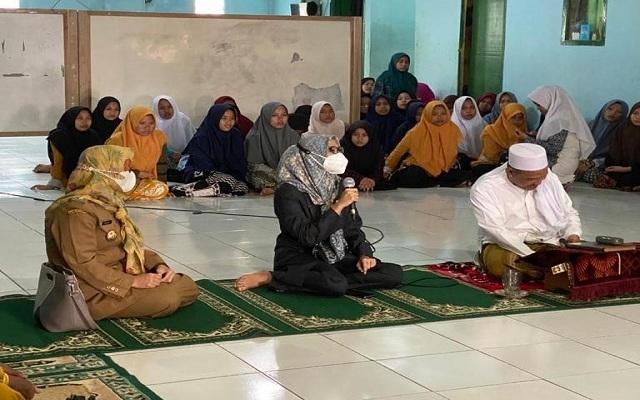 Lewat Pengajian, Cara Wida Ampiany Tampung Aspirasi Emak-Emak di Taktakan Kota Serang