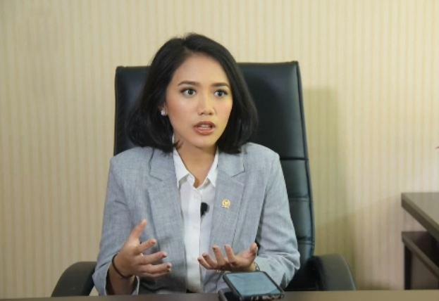 Beri Masukan Kinerja Ekonomi, Ini Pesan Puteri Komarudin Untuk Setahun Jokowi-Ma'ruf Amin
