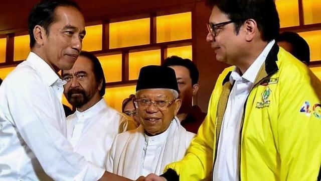 LSI Sebut Airlangga Bisa Terganjal Jadi Ketum Golkar Jika Jokowi Buat Aturan Baru