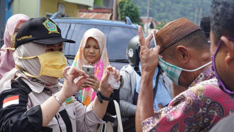 Luar Biasa! Di Tengah Himpitan Pandemi, Idah Syahidah Pastikan Semua Rakyat Gorontalo Bisa Makan