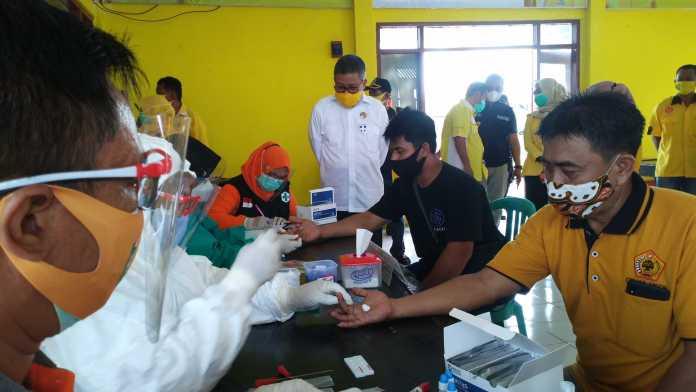 Lawan COVID-19, Golkar Gelar Rapid Test Gratis Bagi Warga Kota Parepare