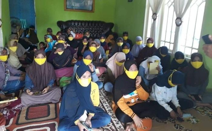 Emak-Emak Militan Siap Menangkan Nelson-Hendra Pimpin Kabupaten Gorontalo 9 Desember Nanti