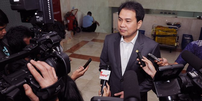 Jika Tak Percaya Anggota DPR, Azis Syamsuddin Tantang Jangan Dipilih Saat Pemilu