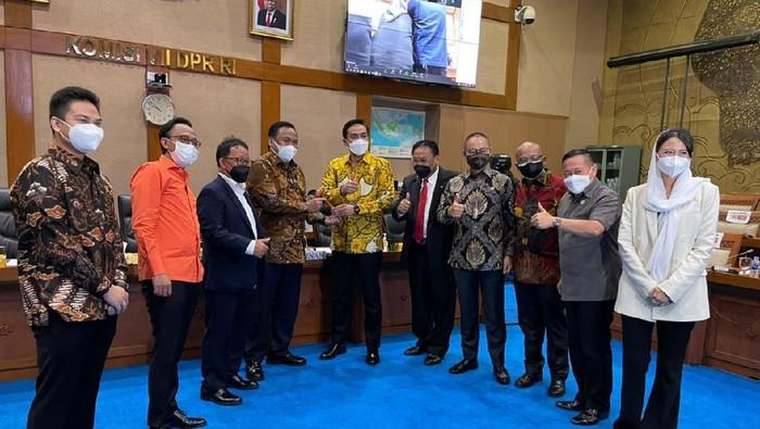 Gantikan Alex Noerdin, Maman Abdurrahman Dilantik Jadi Wakil Ketua Komisi VII DPR RI
