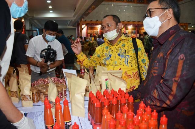 Pariwisata Terpukul COVID-19, Sarmuji Gandeng BI Pulihkan Ekonomi Bali Dengan Berdayakan UMKM