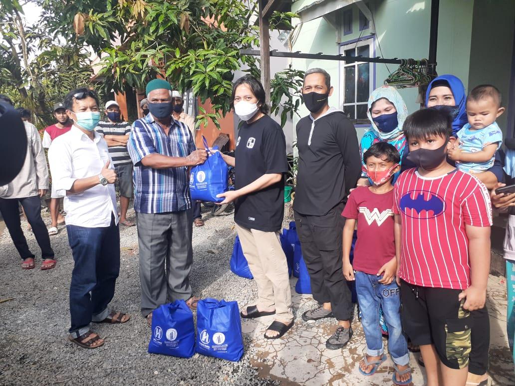 Hasnuryadi Sulaiman Berikan Bantuan Sembako dan Obat-Obatan Bagi Warga Batola Terdampak Banjir