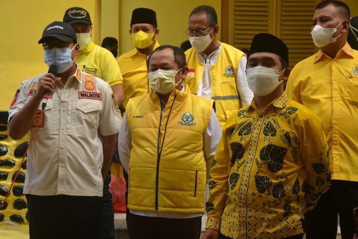 Golkar Jatim Gelar Vaksinasi Untuk 1.000 Warga Kota Pasuruan, Gus Ipul Beri Apresiasi