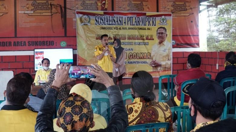 Mujib Rohmat Ajak Masyarakat Sukorejo Jaga dan Amalkan Nilai-Nilai Luhur Bangsa Dalam Pancasila