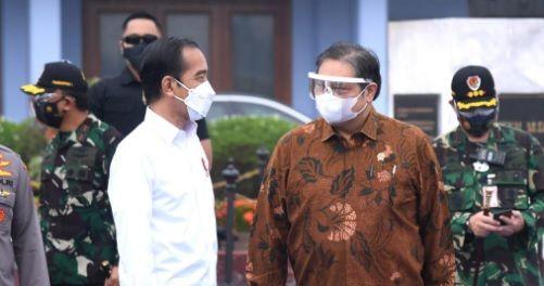 Jokowi Makin Mesra Dengan Golkar dan Makin Renggang Dengan PDIP