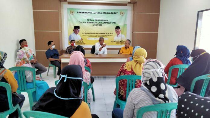 Agun Gunandjar Apresiasi Kader Posyandu RW 30 Jadi Juara Tingkat Kelurahan Ciamis