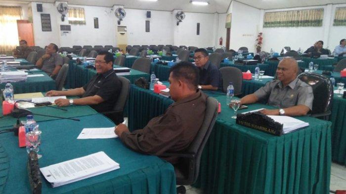 Gantikan Martinus Medah, Tellendmark Daud Jadi Wakil Ketua DPRD Kota Kupang