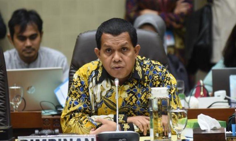 Setahun COVID-19 di Indonesia, Melki Laka Lena Sebut Penanganan Pemerintah Makin Baik