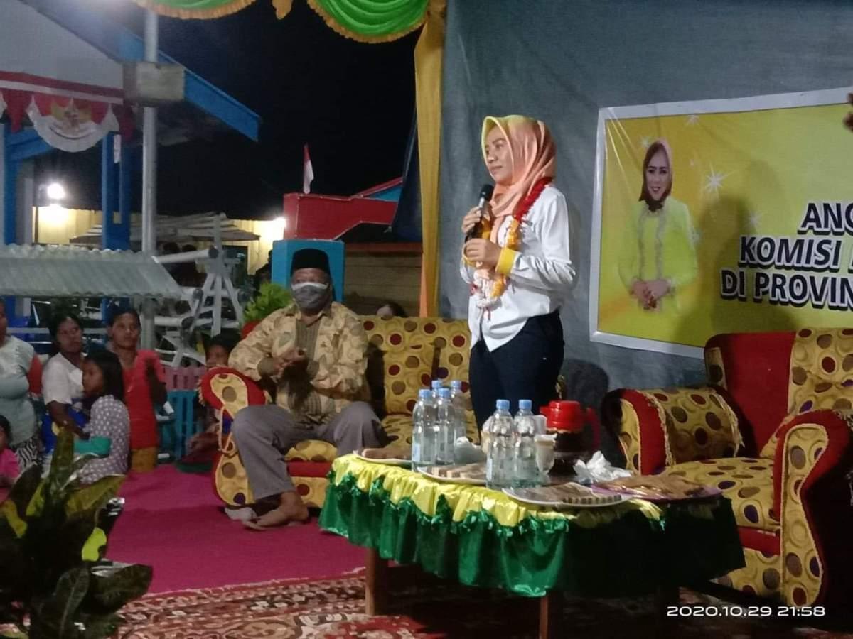 Penuhi Harapan Warga di Medsos, Alien Mus Sambangi Kampung Nelayan Tomalou Tidore