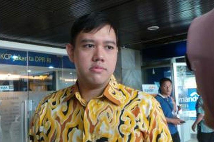 Dave Laksono Dukung Langkah Jokowi Instruksikan BIN Gelar Vaksinasi Masyarakat Door To Door