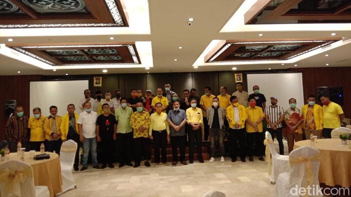 Timbul Jaya Sibarani Pimpin Deklarasi 27 DPD Dukung Yasir Ridho Lubis Jadi Ketua Golkar Sumut