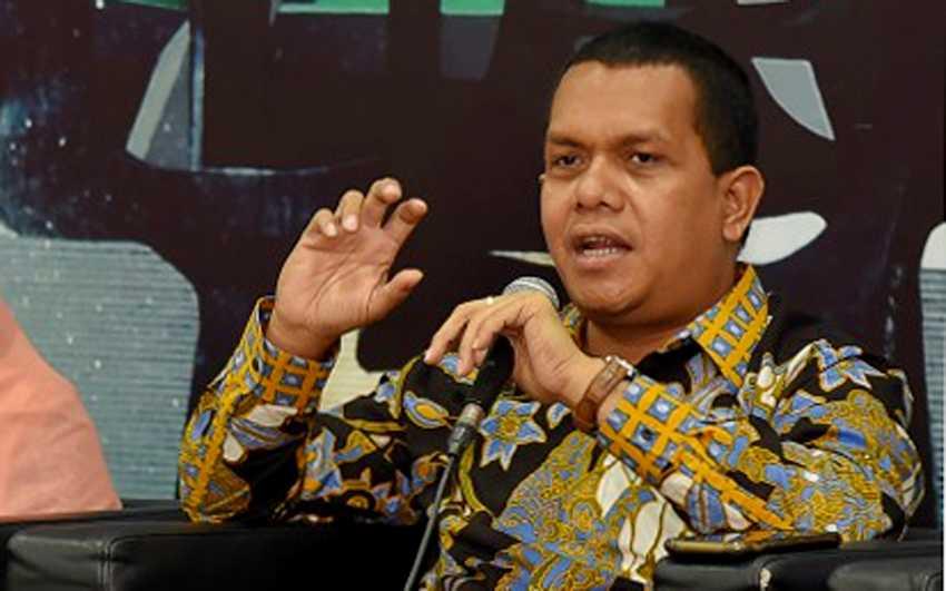 Melki Laka Lena Minta Kebijakan PPKM Tak Hanya Diterapkan di Jawa-Bali
