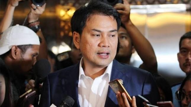 Azis Syamsuddin Minta Kominfo dan Polri Sigap Berantas Hoaks Vaksin COVID-19