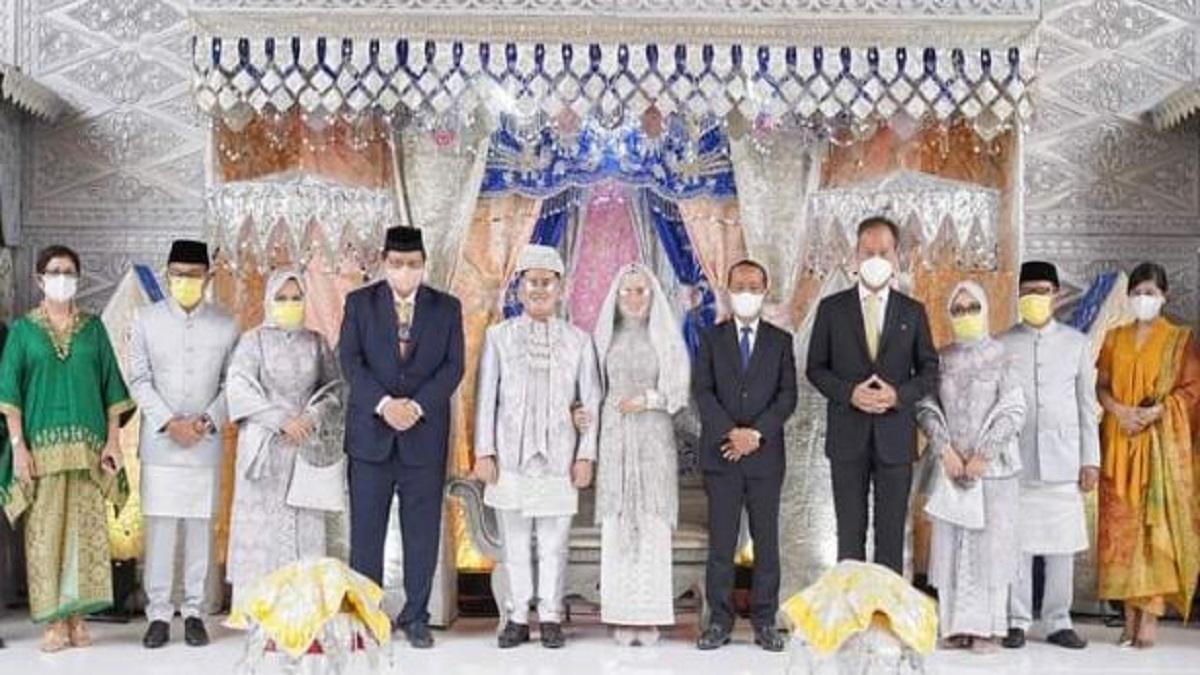 Ketua Golkar Kota Padang Iqra Chissa Putra Nikahi Putri Ketiga Ketua Golkar Sumbar Khairunas