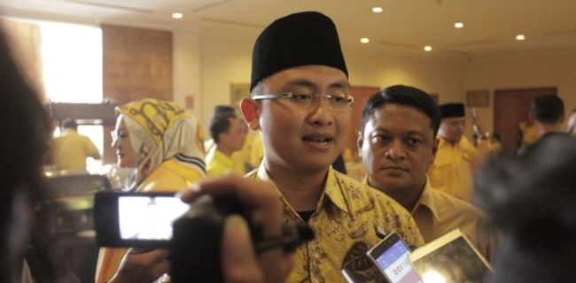 Andika Hazrumy Siap Amankan Kebijakan DPP Golkar di Banten