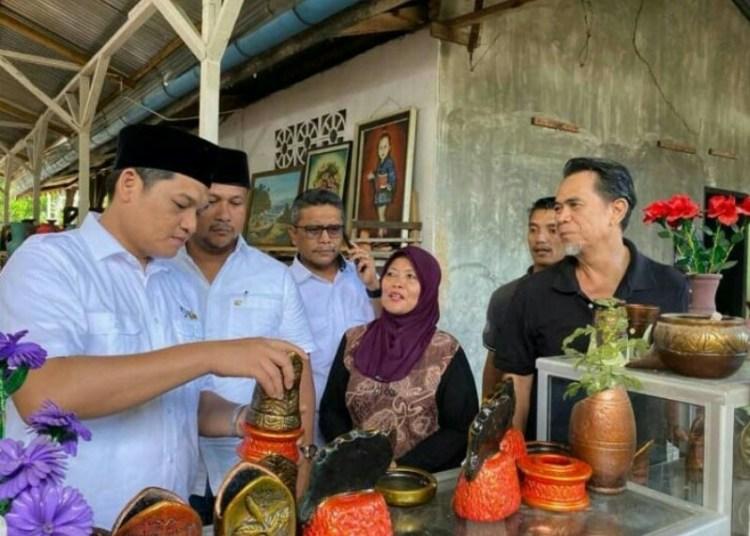 Dikunjungi Ilham Pangestu, Pengrajin Gerabah Kota Langsa Terharu dan Bangga