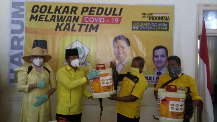 Rudy Mas'ud Serahkan 2 Ribu Paket Sembako Untuk Masyarakat Miskin di Kota Samarinda