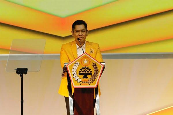 Adies Kadir Janjikan Ormas MKGR Pasang 1000 Billboard Airlangga Capres 2024 di Seluruh RI