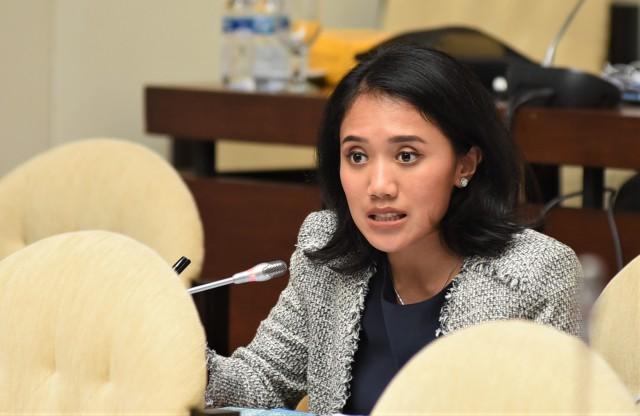 Ikut Pulihkan Ekonomi Nasional, Puteri Komarudin Ajak Kaum Muda Persiapkan Diri Transformasi Digital