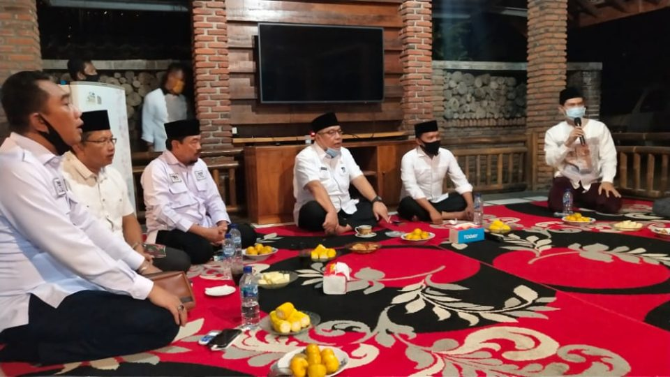 Tony Eka Candra-Antoni Imam Sapa Relawan di Sidomulyo, Lampung Selatan