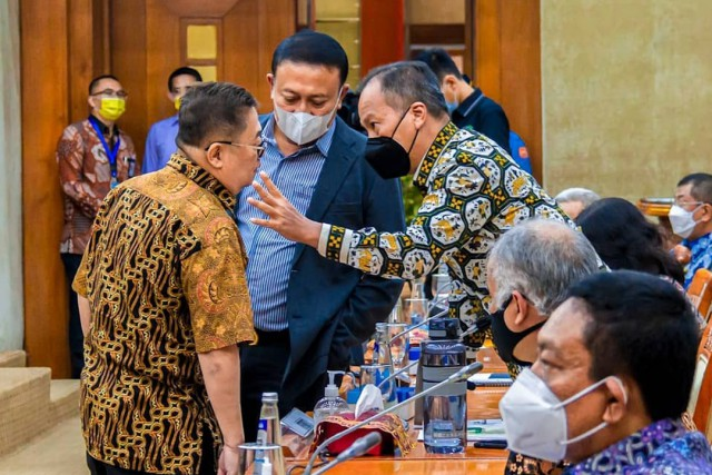Diadukan APTRI, Gde Sumarjaya Linggih Desak Menperin Segera Investigasi dan Cabut Izin PT KTM