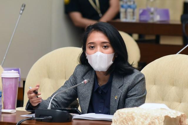 Puteri Komarudin Minta Bank-Bank Plat Merah Perkuat Kinerja Penyaluran Kredit dan Literasi Keuangan