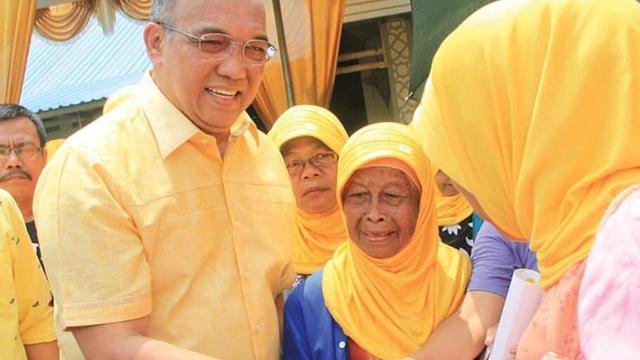 Andi Achmad Dara Bagikan 11 Ribu Paket Sembako Untuk Masyarakat Tangerang Raya
