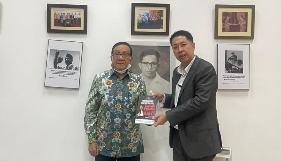Wejangan Akbar Tanjung Untuk Henry Indraguna: Jaga Soliditas-Silaturahmi Demi Golkar Jaya