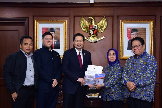 Azis Syamsuddin Minta Ombudsman Serius Awasi Kualitas Layanan Publik