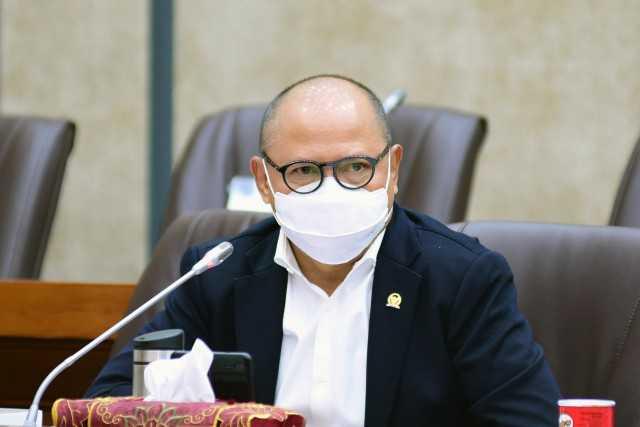 Impor Menggila, Mukhtarudin Minta Kemenkeu Perpanjang Kebijakan Safeguard Ubin dan Keramik