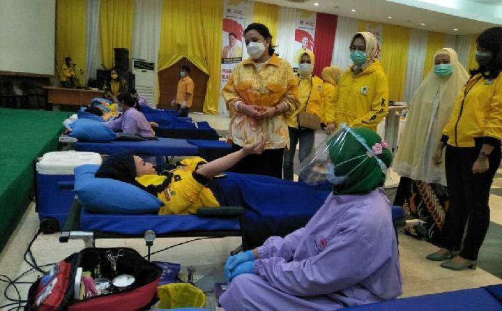 HUT RI Ke-75, KPPG Sumbangkan 100 Kantong Darah ke PMI DKI Jakarta