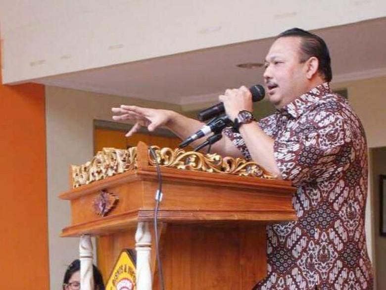 Berlayar Menembus Zaman, Obituari Ricky Rachmadi Untuk Kodrat Wahyu Dewanto
