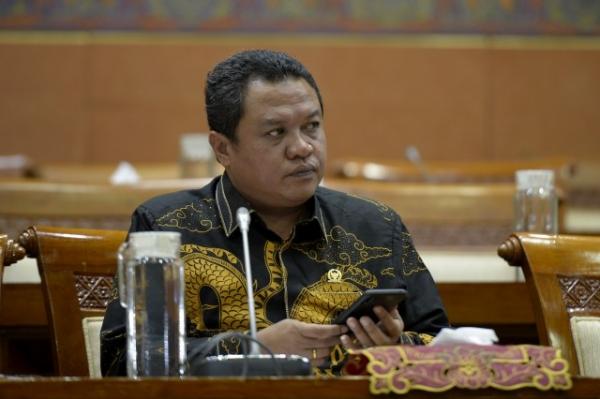 Lamhot Sinaga Desak Pertamina Tingkatkan Prosedur Keamanan Kilang dan Depo se-Indonesia