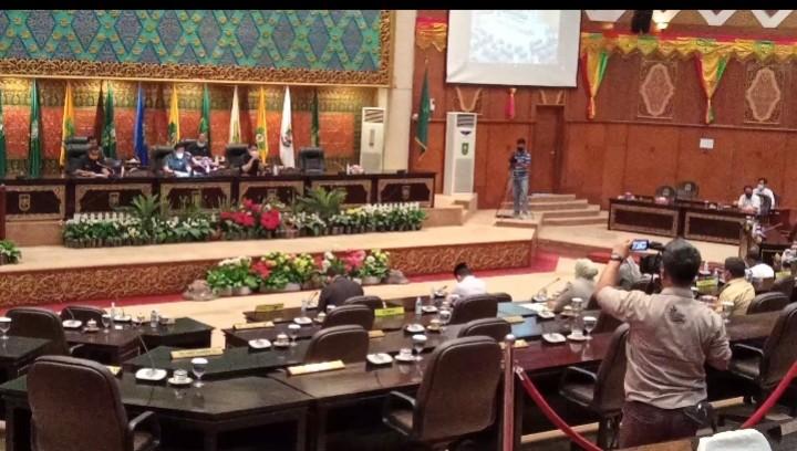 Karmila Sari Terpilih Pimpin Pansus Konversi Bank Riau Syariah
