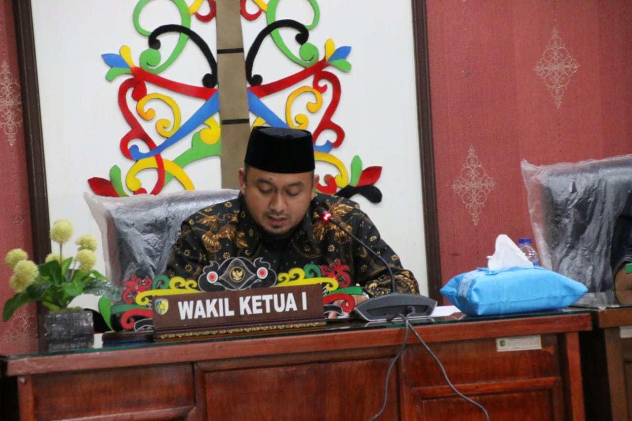 Pimpinan DPRD Kota Palangkaraya, Wahid Yusuf Minta Masyarakat Tak Percaya Hoaks Vaksin COVID-19