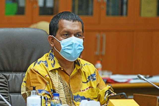 Melki Laka Lena Minta Wacana Pelonggaran Aktifitas Ekonomi Dibarengi Protokol Kesehatan Ketat